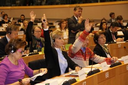 Commission ENVI: vote de mon rapport sur la culture d'OGM